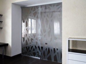 Стеклянные двери межкомнатные под заказ (на заказ в Одессе)